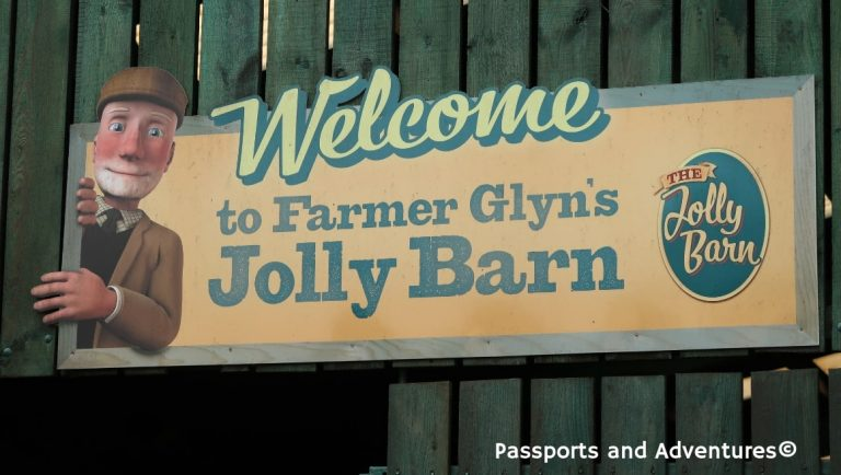 The Jolly Barn sign of Folly Farm Adventure Park