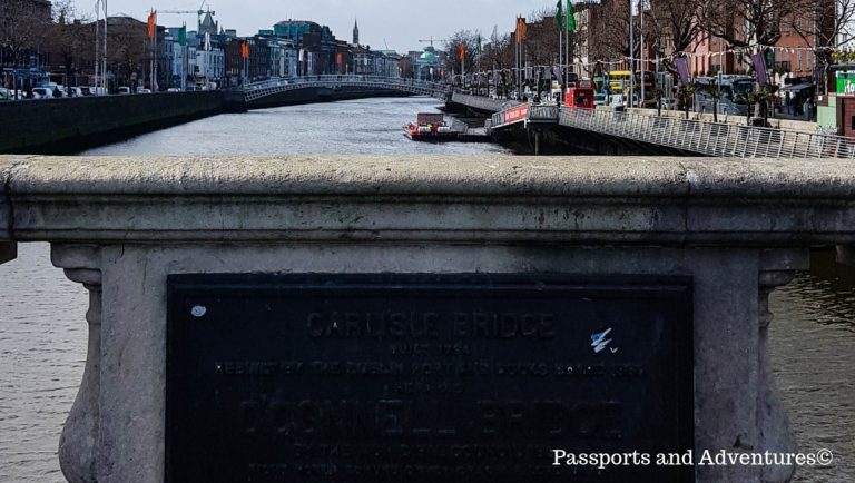 A view of the Ha'Penny Bridge from O'Connell Bridge in Dublin, Ireland