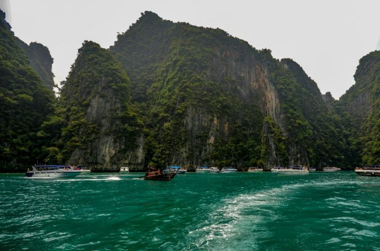 A picture of cliffs at the waters edge in Ao Nang, Thailand
