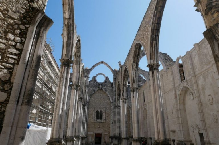 A picture of the open-air roof of the Carmo Convent in Lisbon