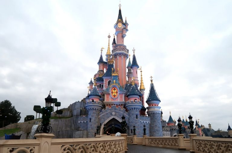 The castle at Disneyland Paris early in the morning