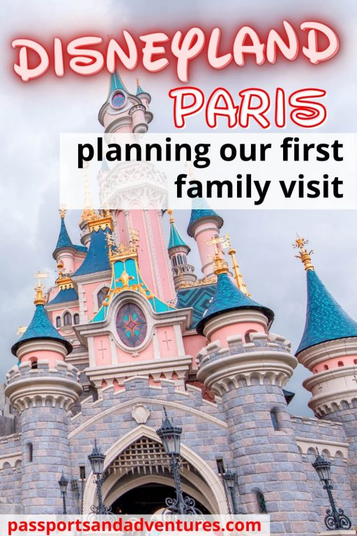 A pin with the castle for planning a first family visit to Disneyland Paris