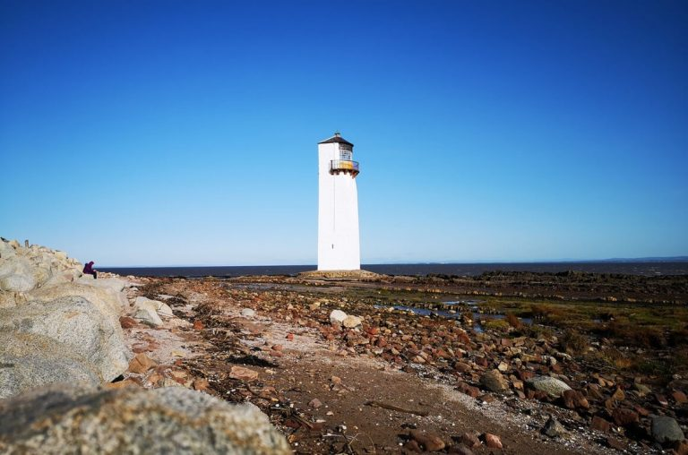 A picture of the white lighthouse near Southerness Holiday Park